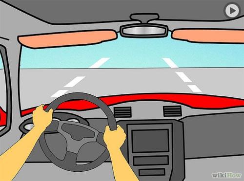 Sau khi cho xe lăn bánh, điều chỉnh chân ga hợp lý cho xe đi nhanh chậm tùy đoạn đường.